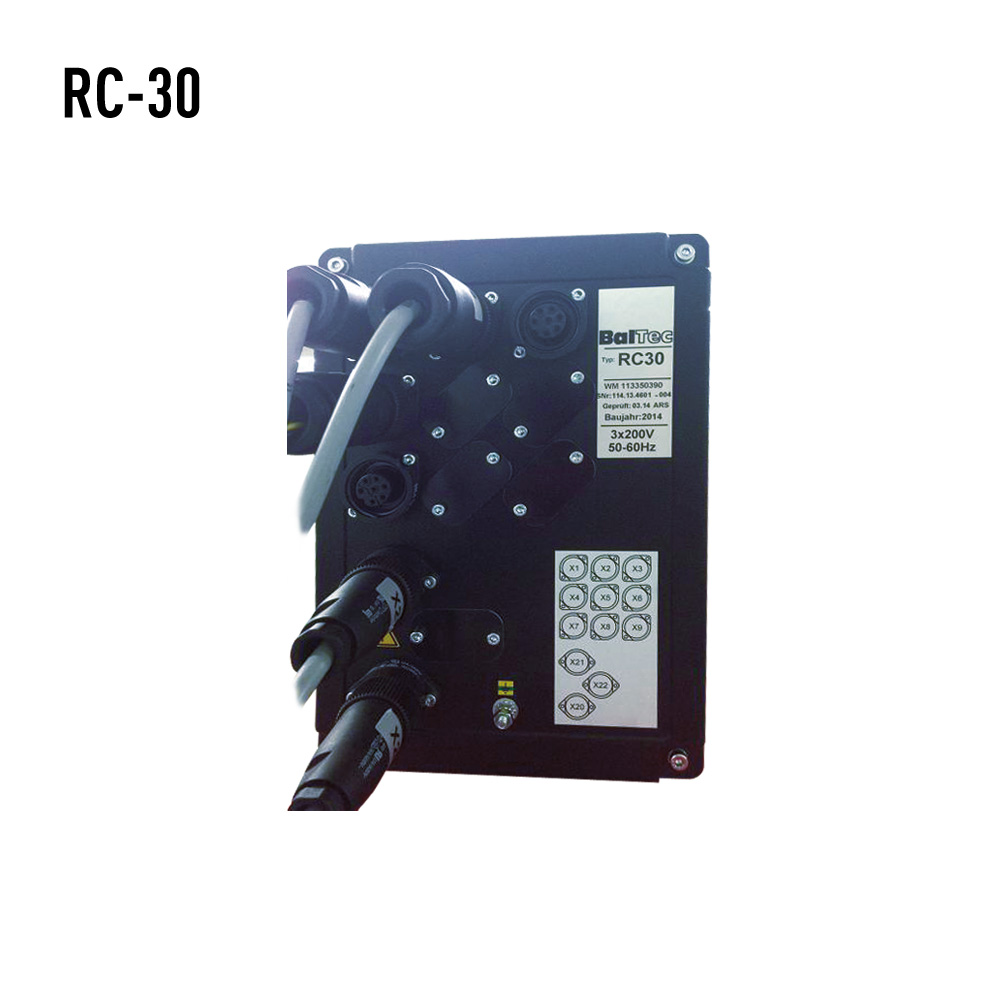 RC-30背面